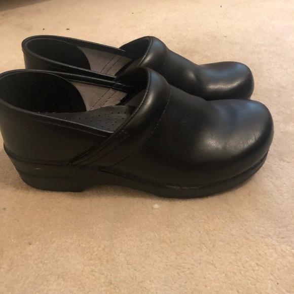 Dansko Shoes | Dansko Black Clogs